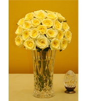 Two Dozen Yellow Roses With a Vase