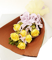 6 Yellow roses with 2 leaf