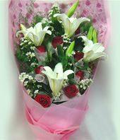 4 White lilium,11 red roses
