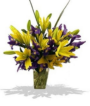 luscious bouquet of assorted lilies