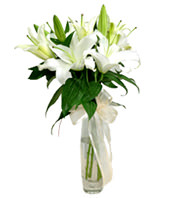 White Lily With Glass Vase