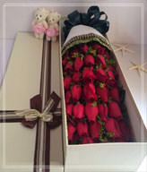 33 Red Roses with Gift Box,Two Cute Bears