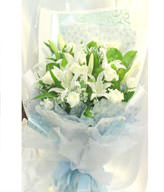 11 white roses and lilies