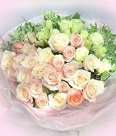 22 Pink roses,11 white roses
