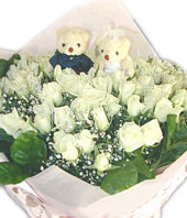 99 White or Pink roses,A pair of bear