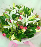 16 Peach red roses and 5 lilium