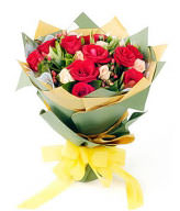 10 red roses,9 champagne roses, gardenia leaves fullness