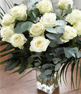 12 White Roses,Vase included
