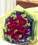 12 red roses, the purple forgot-me-not