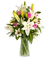 White lilies and pink roses