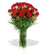 30 Red roses and a Glass Vase