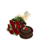 Bunch of 10 Red Roses & 1/2 Kg Chocolate Cake