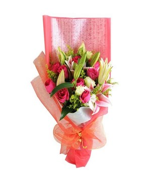 Bouquet of 3 Pink Lilies & 10 Pink Roses