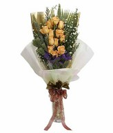12 Yellow Roses with Long Wrapping