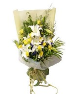 Bouquet of white lilies, yellow roses